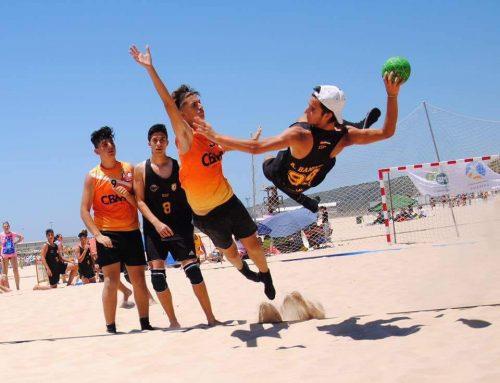 Dos de nuestros chicos en el europeo juvenil de Balonmano Playa